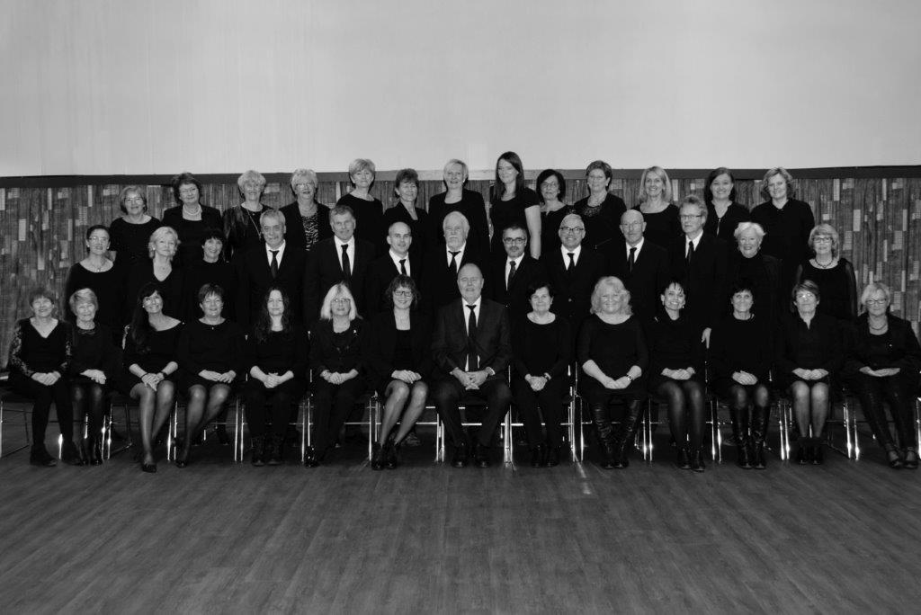 Ferdig sorthvit Chorus egersund